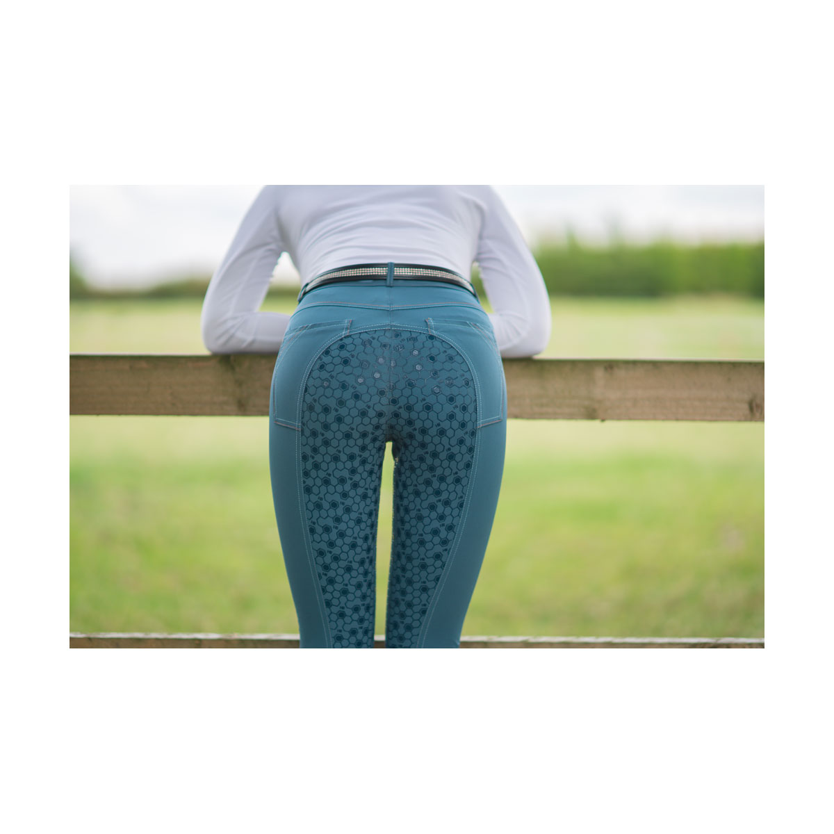 HyPERFORMANCE-Merlewood-Ladies-Breeches-09